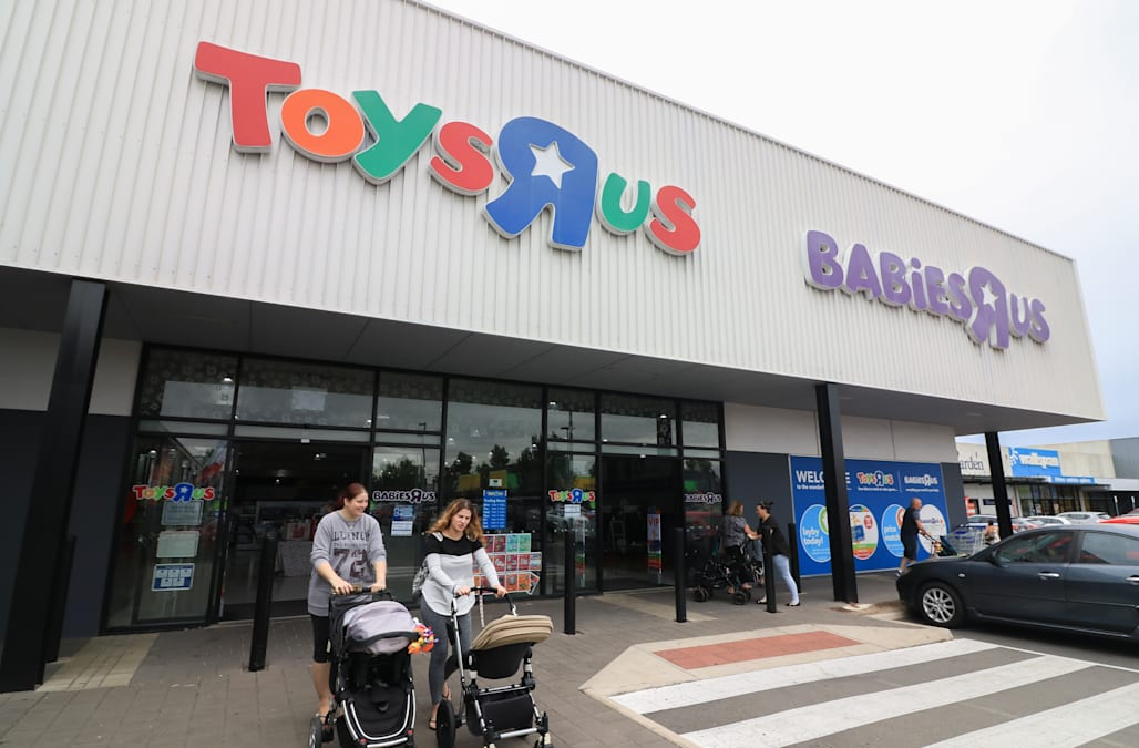 Jan 24, · See if your Toys R Us store is on the closure list. Up to stores in the chain will be shuttered.