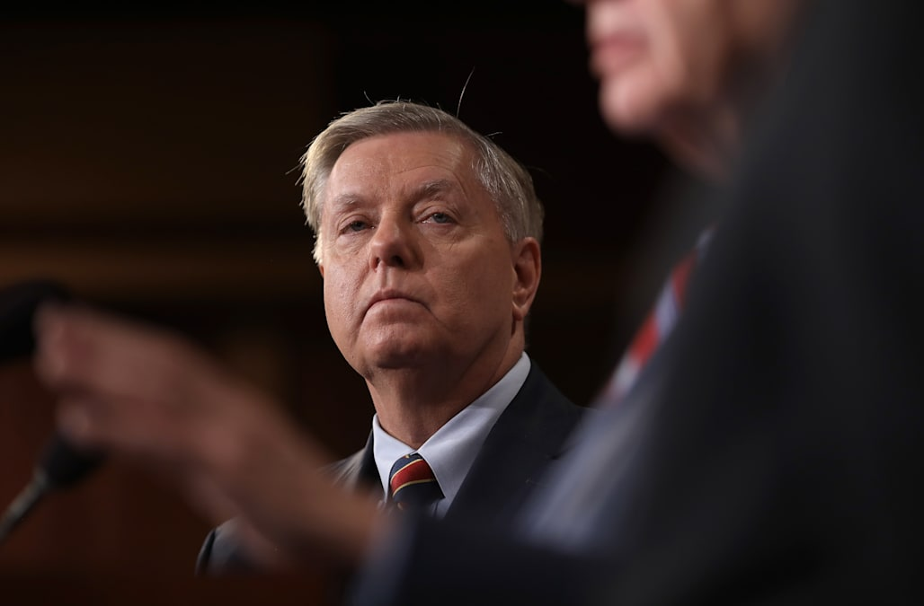 lindsey graham to cnn host on iraq withdrawal issue that s a bunch