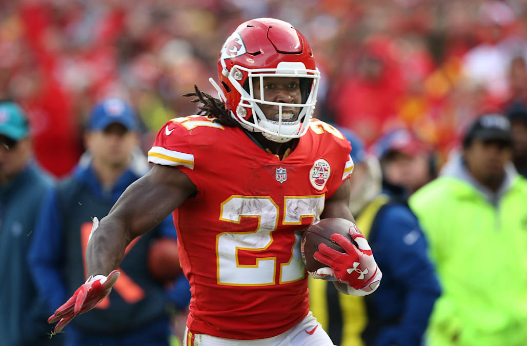 f81c06d5 Kareem Hunt to be removed from Madden NFL 19 - AOL News