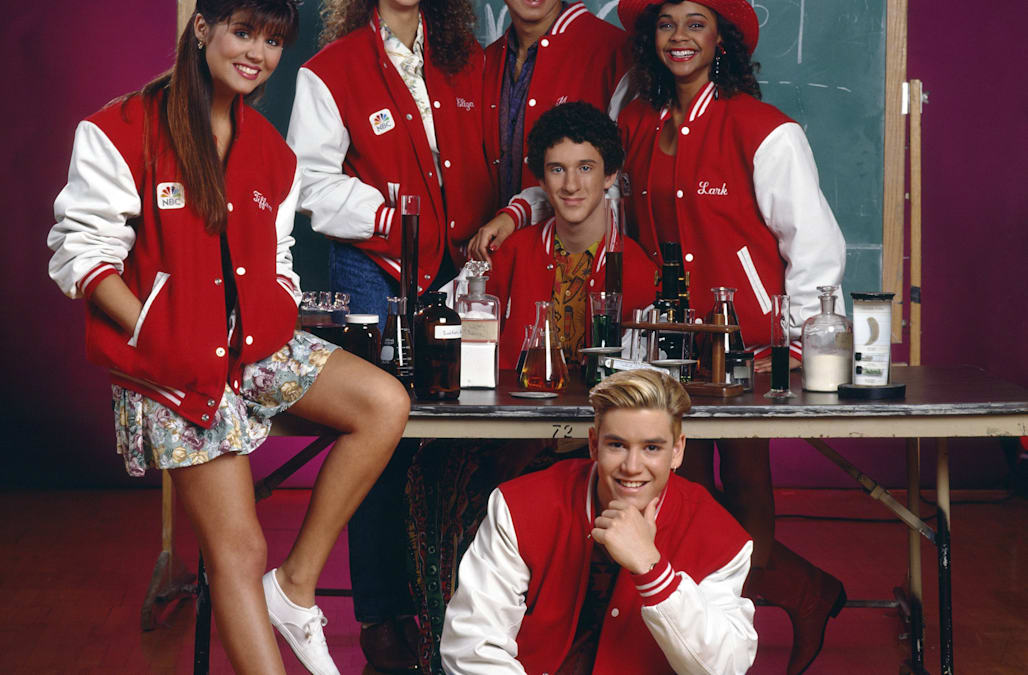 'Saved by the Bell' reboot to debut on NBCU streaming service Peacock - AOL