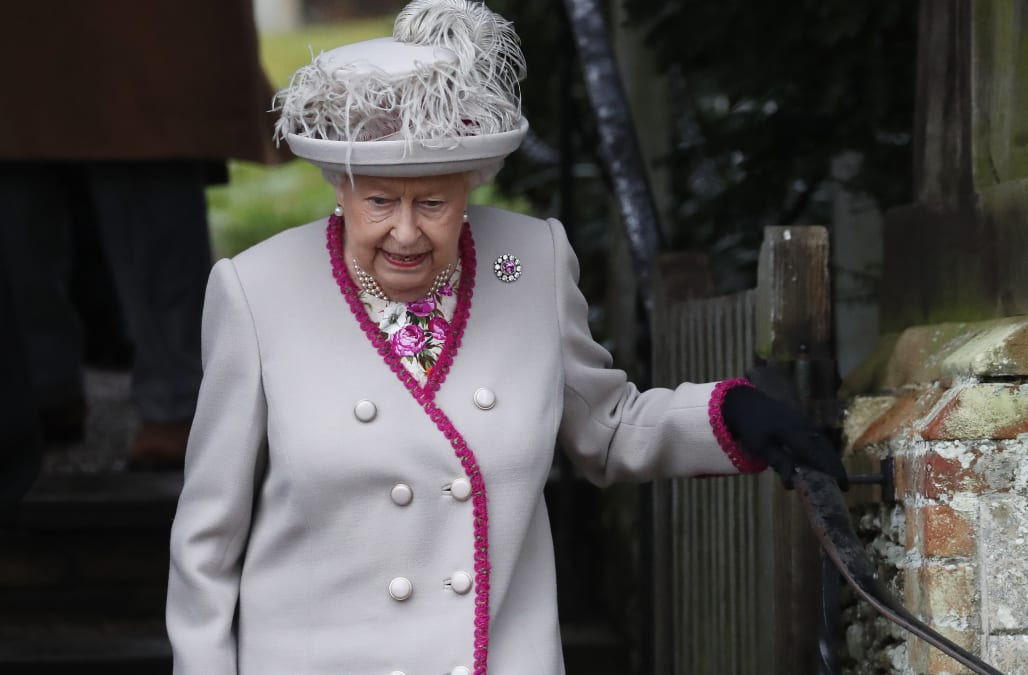 Queen to be evacuated if no-deal Brexit leads to riots - AOL