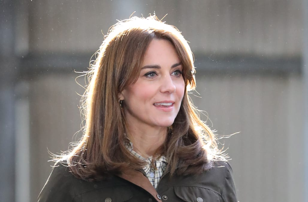 Kate Middleton Has A New Haircut See Her Sleek Short Look Aol
