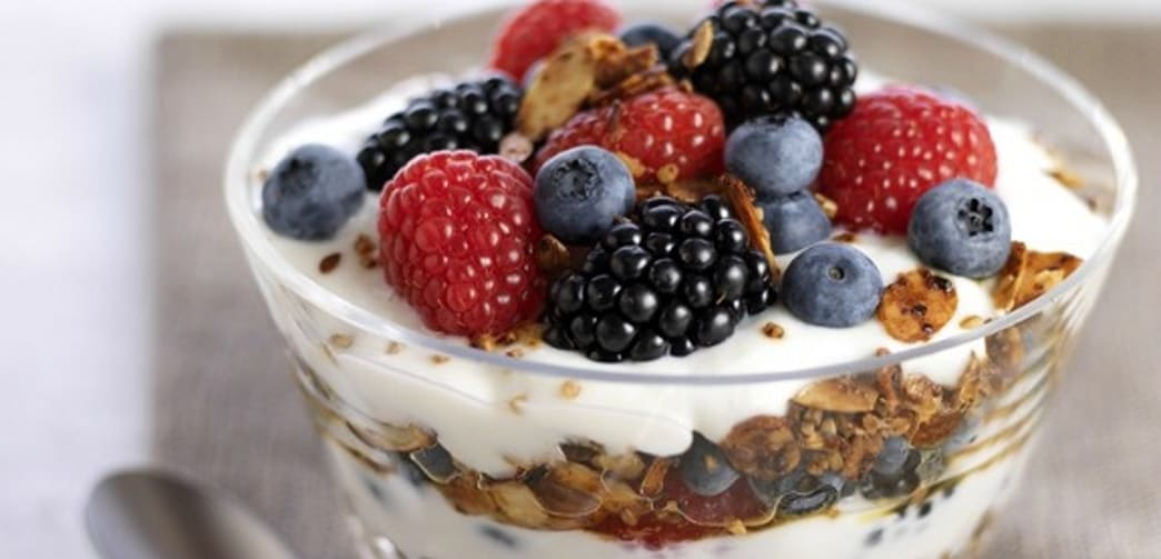 Healthy Greek Yogurt Berry Granola Parfait - AOL Lifestyle