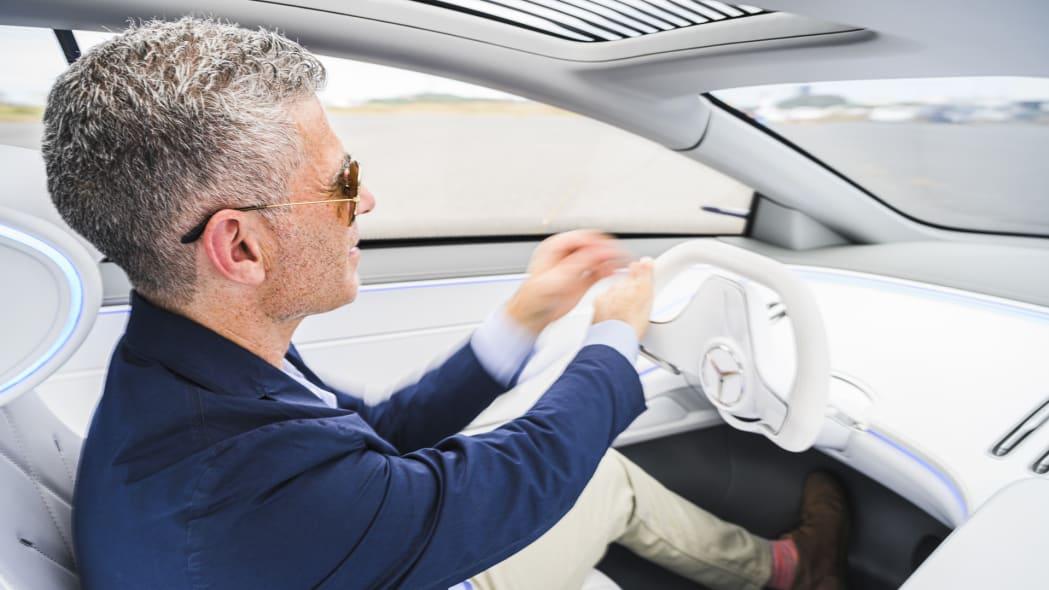Mercedes-Benz Vision EQS Concept Drive | Interior ...