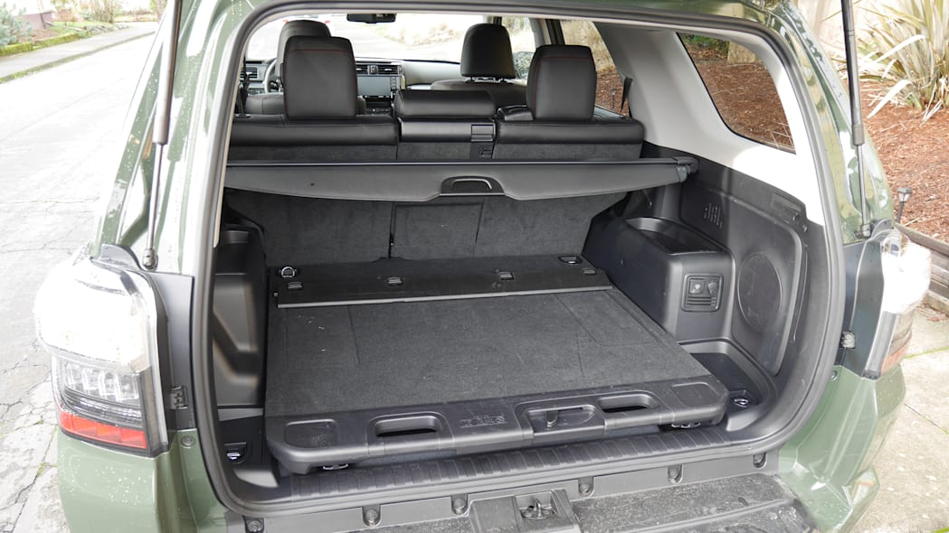 2020 Toyota 4runner How Much Fits In The Cargo Area Autoblog