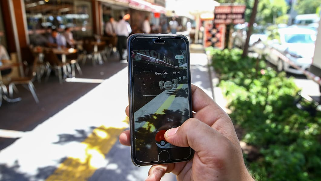 ANKARA, TURKEY - JULY 13 :  A Pokemon Go user plays Pokemon GO game in Ankara, Turkey on July 13, 2016.  (Photo by Erçin Top/Anadolu Agency/Getty Images)