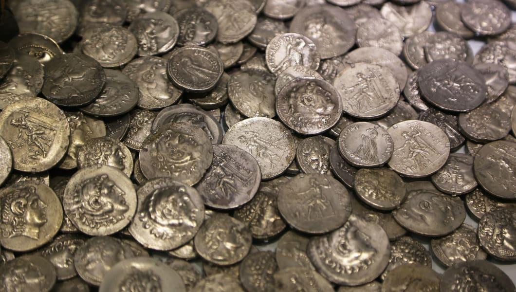 lot of antique roman coins....