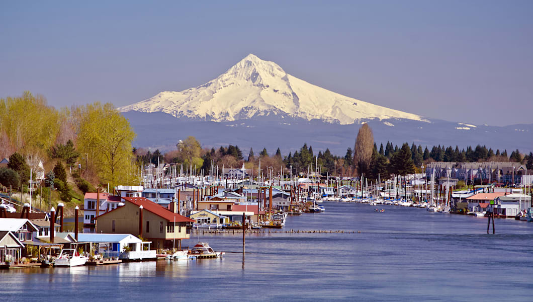"A city known for its amazing food and spectacular views, <a href=""http://www.travelportland.com/things-to-see-and-do/attractions/top-sights"" target=""_blank"">Portland</a> is definitely a place to visit! While you're there, go to the Portland Saturday Fair and visit Stumptown Coffee Roasters."