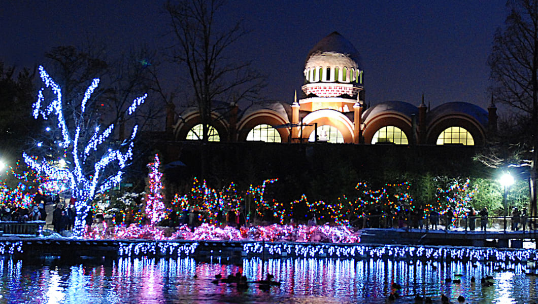 Craziest Christmas Displays In Cincinnatiand Beyond - The 6 craziest christmas displays around the world