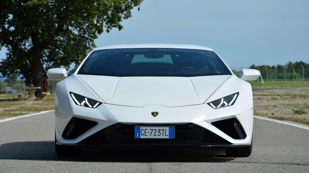 2021 Lamborghini Huracán EVO RWD First Drive   One smart, well-groomed bull