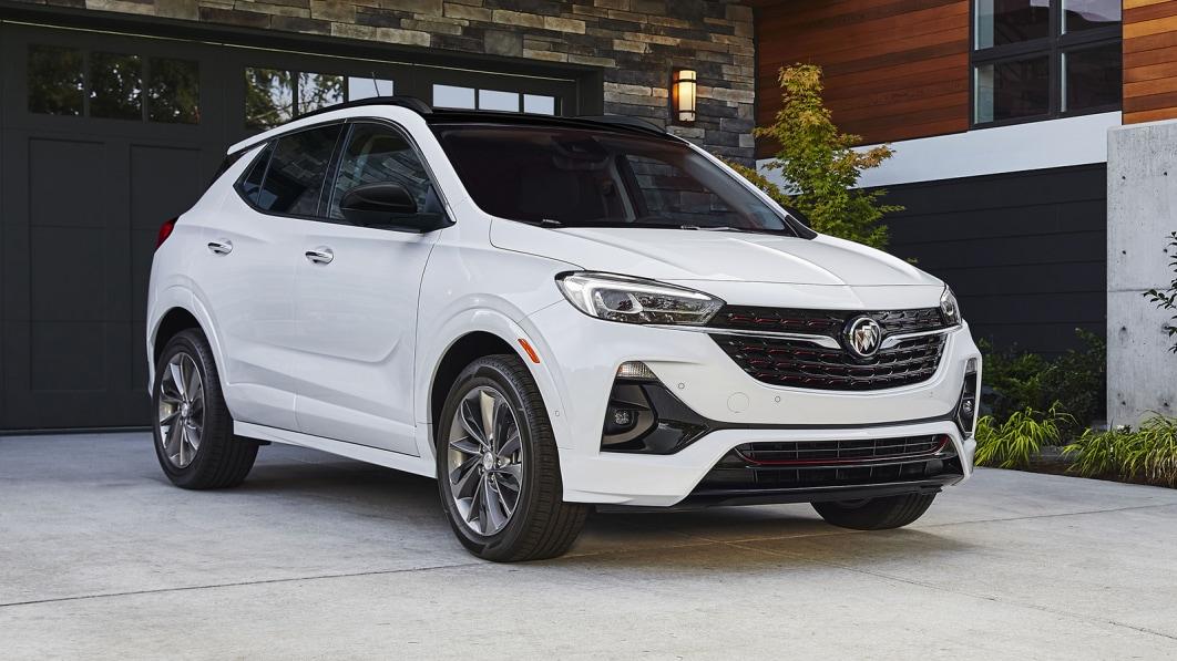 GM recalling 135,000 SUVs with plastic jacks that may break