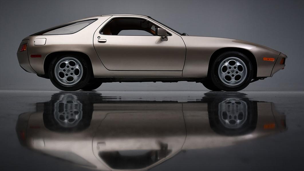 Tom Cruise's Porsche 928 in 'Risky Business' für fast $2 Millionen€ verkauft