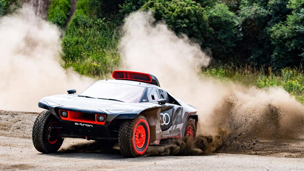 Audi RS Q E-Tron hybrid Dakar Rally prototype looks ready to tame the dunes