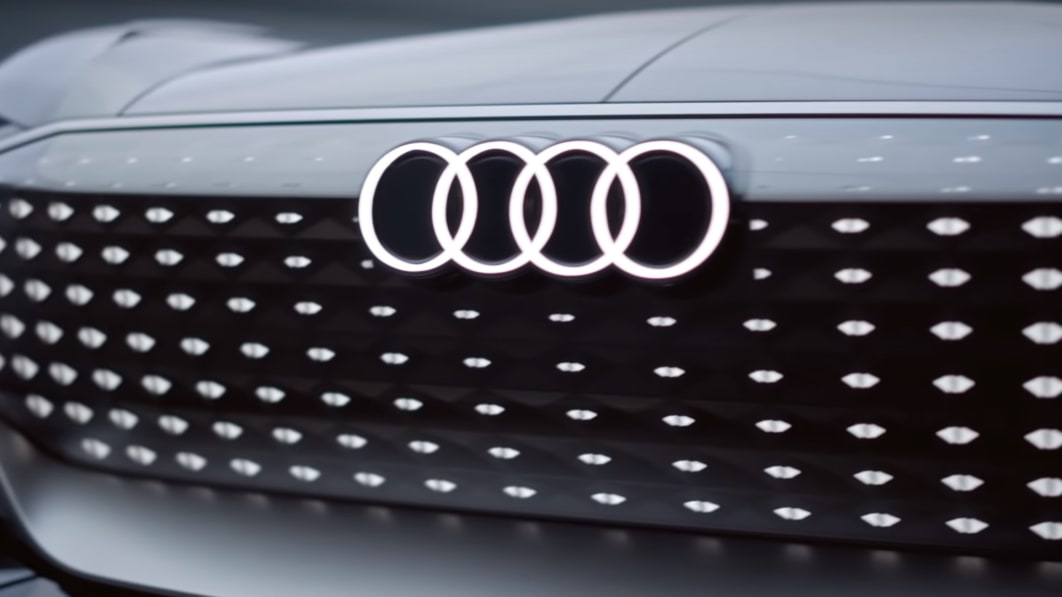 Audi teases Sky Sphere that is somehow both a sports car and a lounge