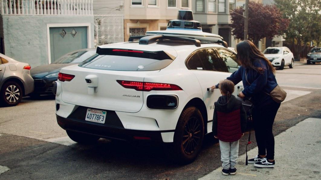 """Waymo öffnet seine selbstfahrenden Taxis für """"Trusted Testers"""" in San Francisco"""