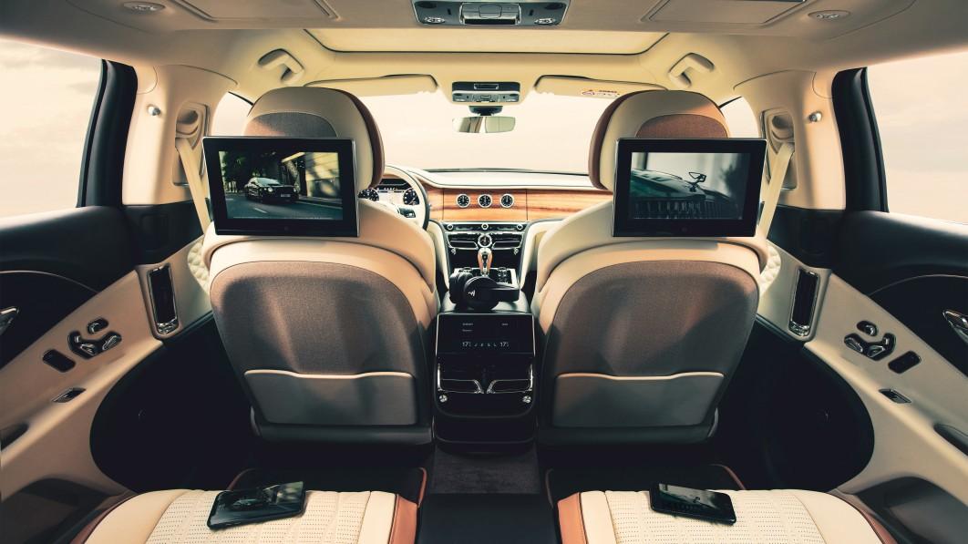 Bentleys neues Entertainmentsystem für die Rücksitze soll das reiche Leben noch einfacher machen€