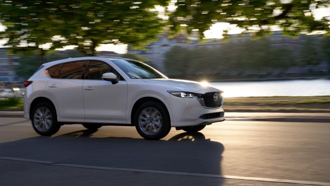 2022 Mazda CX-5 erhält neue Optik; alle CX-Modelle erhalten serienmäßig AWD€