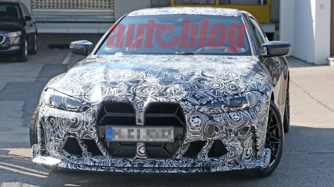 BMW M4 CSL Spionagefotos zeigen einzigartige Nasendekorationen€