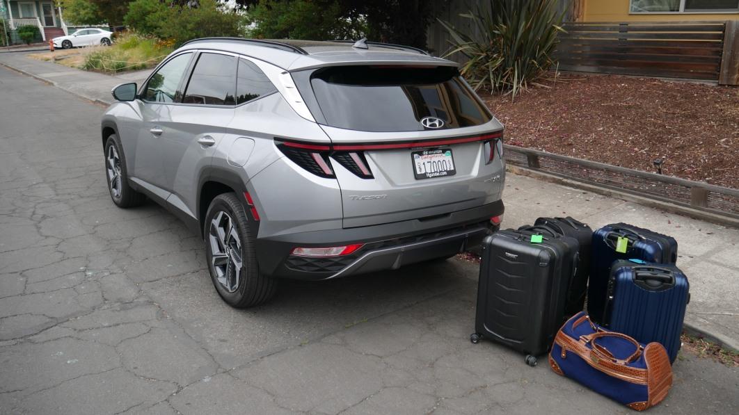 2022-Hyundai-Tucson-luggage-test.jpg
