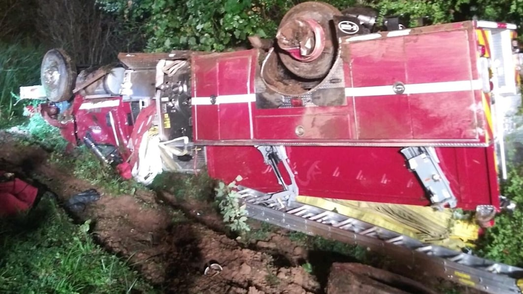 S.C. firefighter charged with DUI after flipping a fire truck