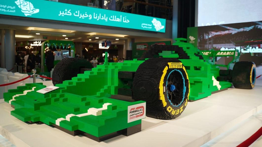 Neu gebautes Lego-Formel-1-Auto stellt neuen Weltrekord auf€