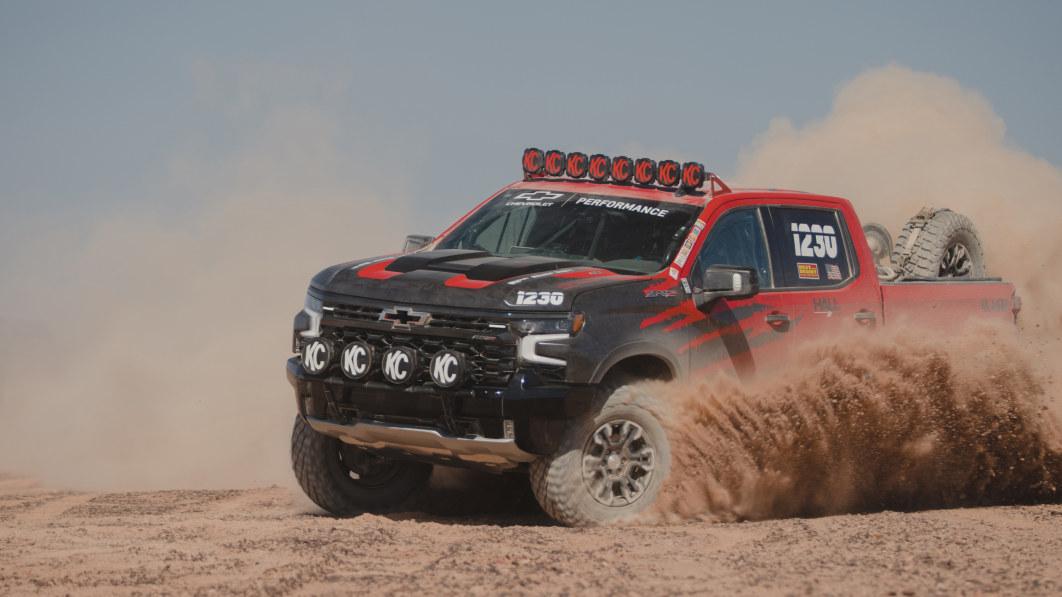 Chevrolet Silverado ZR2 geht ins Rennen, um besser zu werden€