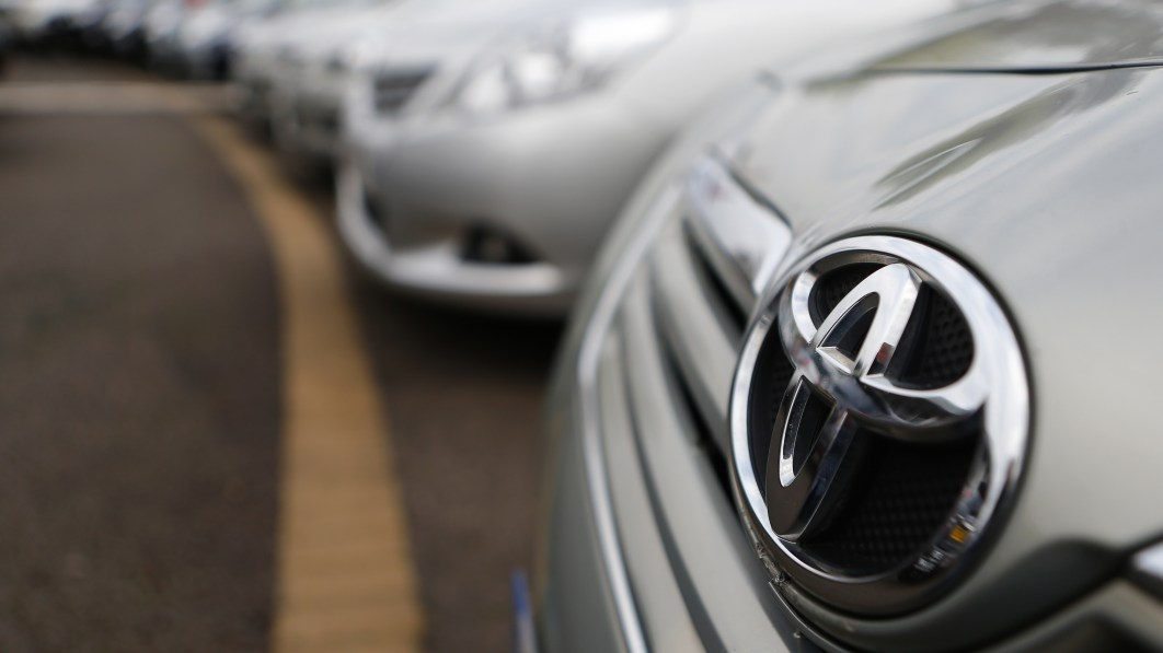 Toyota cuts November output, plans to crank up production in December