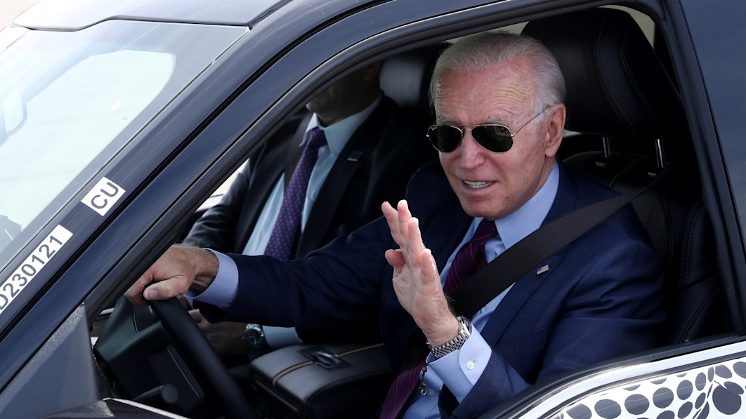 Biden's electric vehicle plan includes battery recycling push