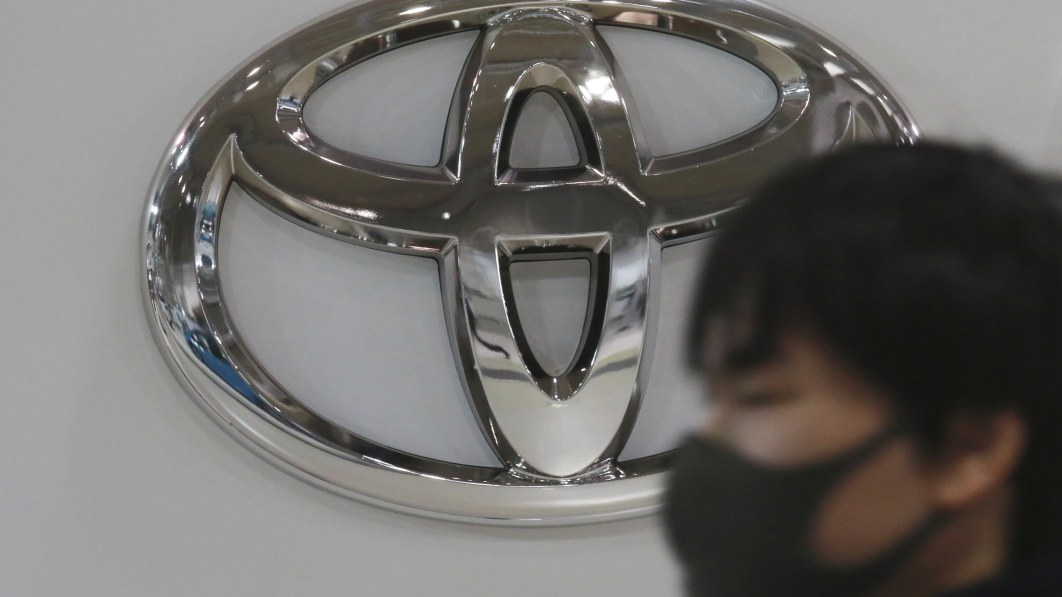 Top Olympic sponsor Toyota pulls Games-related TV ads