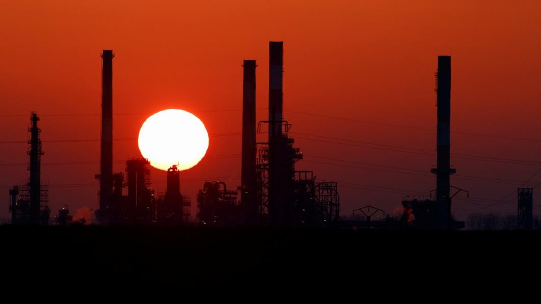 Die Produktion von verbleitem Benzin wird weltweit eingestellt, da die letzte Raffinerie endgültig aufgibt€