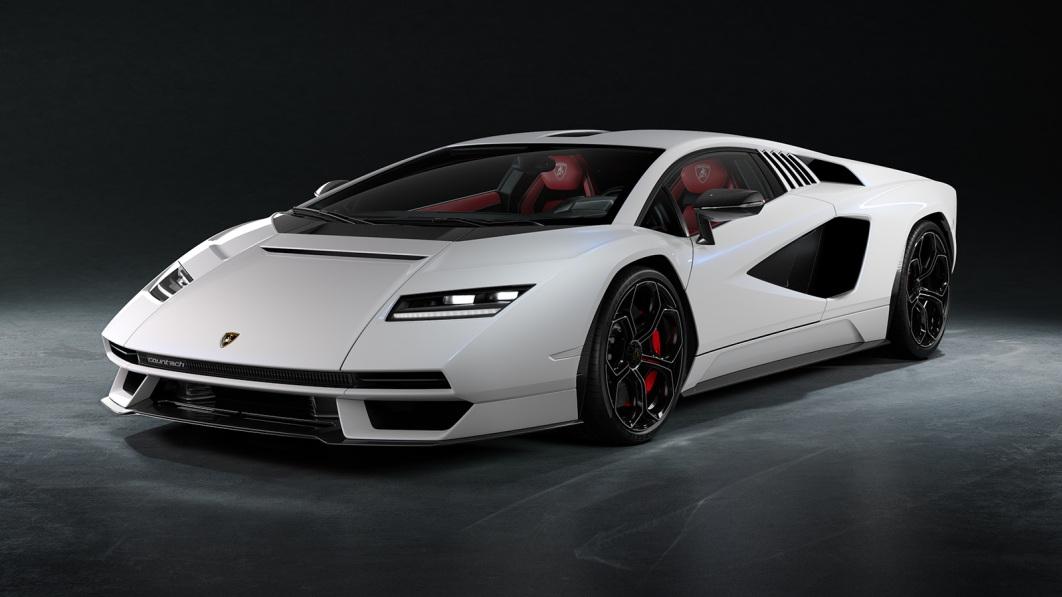 Lamborghini Countach LPI 800-4 enthüllt, im Grunde ein Retro-Sian