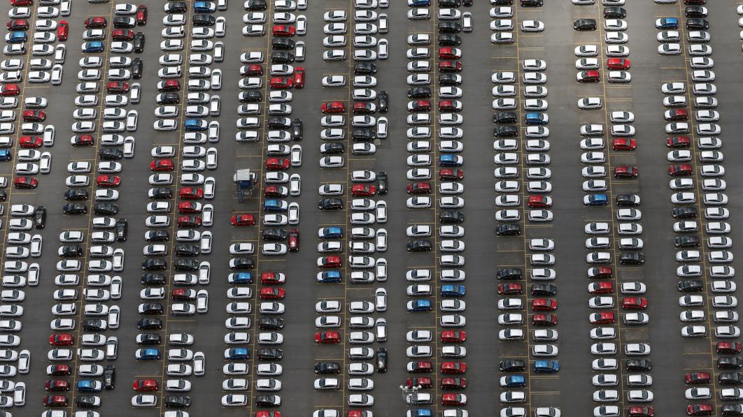 Supplier Novares seeks damages from carmakers over canceled orders