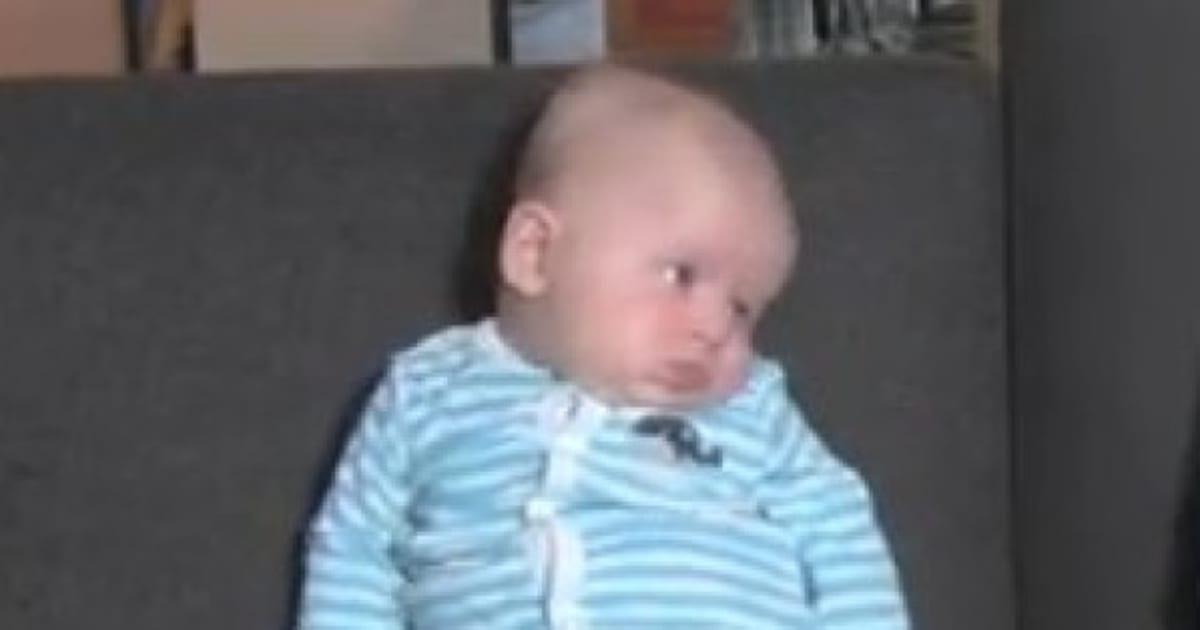 Video Le Bebe Qui N Aime Pas Qu On Chante Joyeux Anniversaire