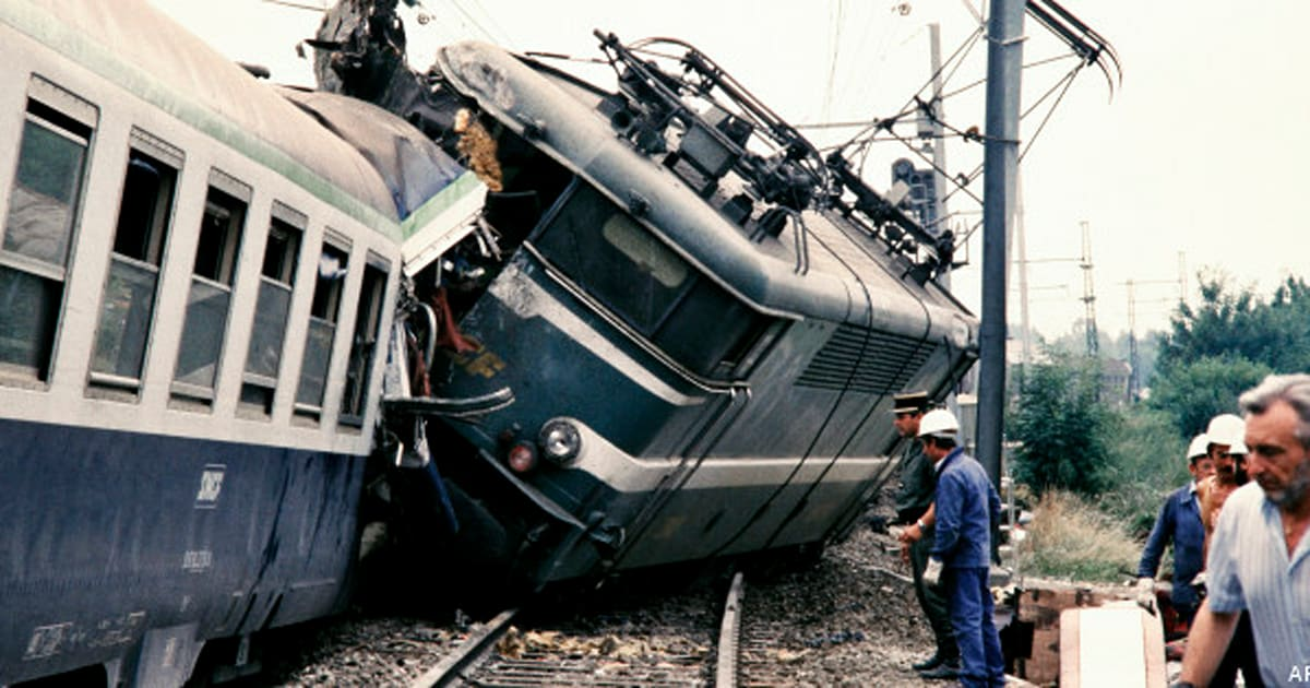 the unanticipated train disaster of graniteville and The eastrail train 177 disaster took place in 2000, as the eastrail train #177 derailed near philadelphia due to mechanical failure only one passenger, david dunn, survived the accident, astonishingly with no injury at all.
