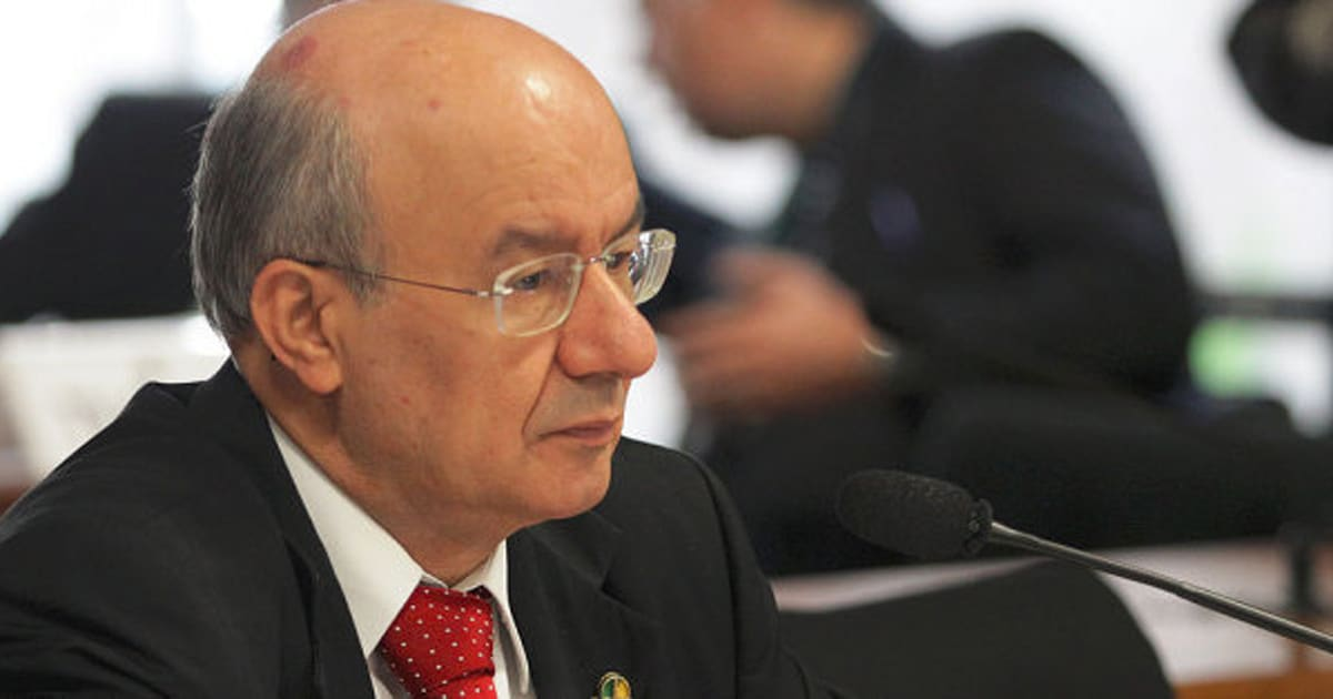 PMDB presidirá e PT terá relator da CPI da Petrobras no Senado 704eb50070