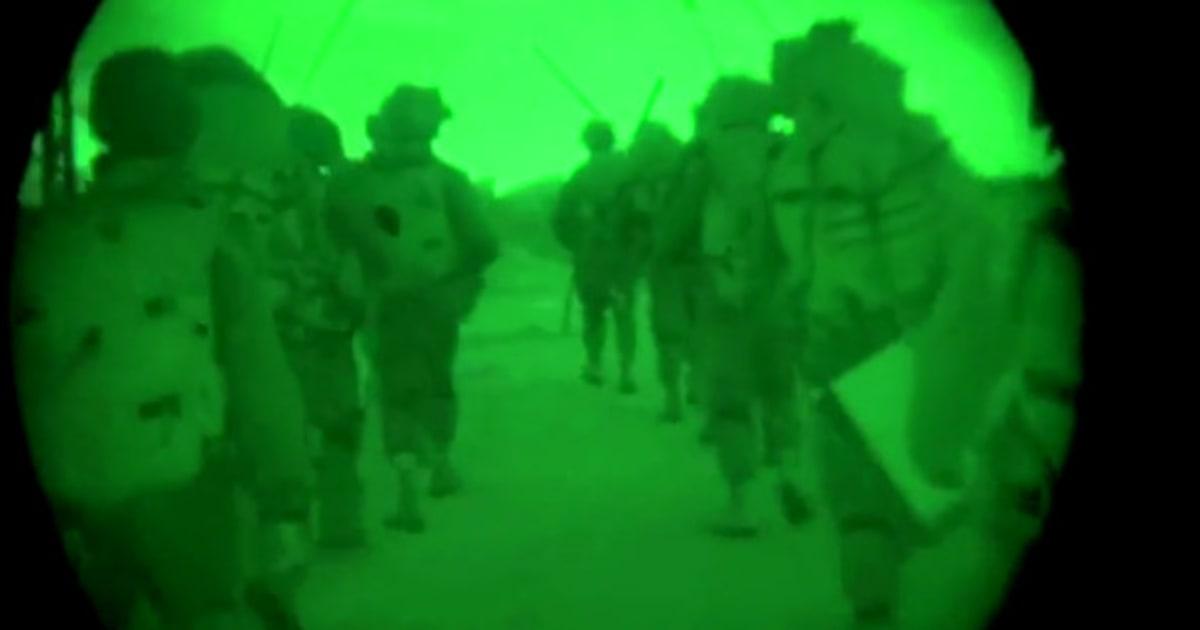 Tropas israelenses entram na Faixa de Gaza para destruir túneis e locais de lançamento de foguetes