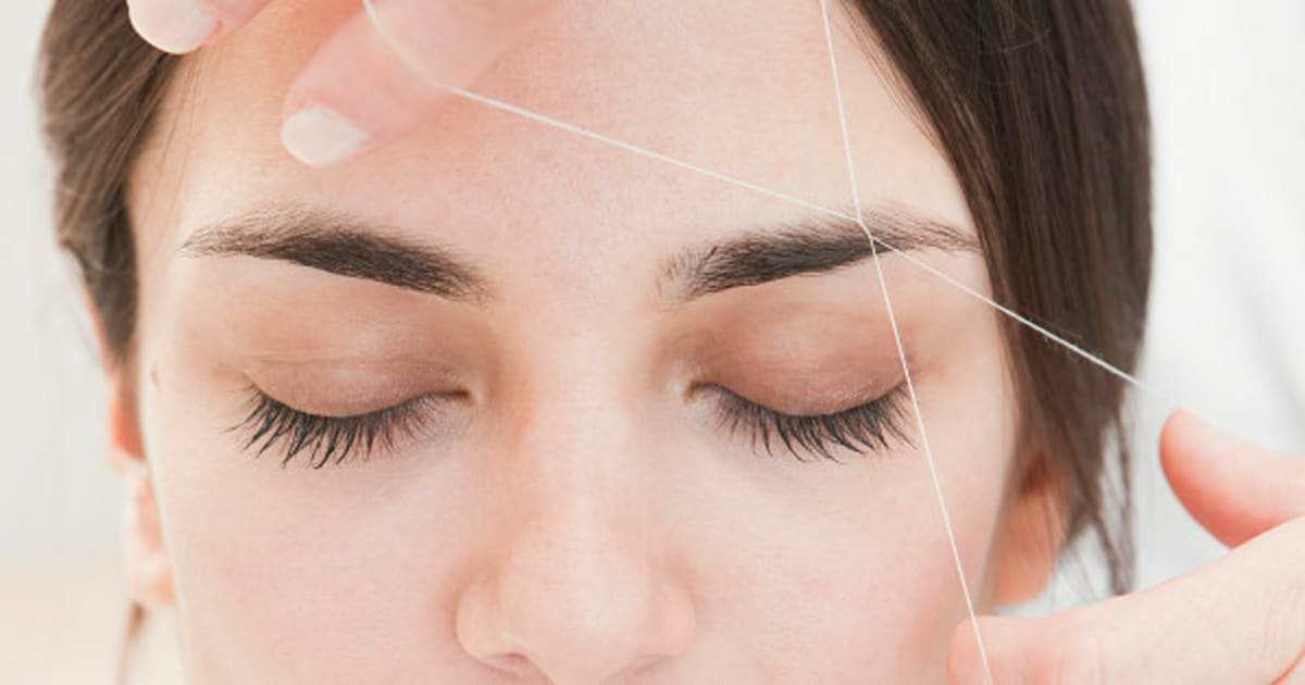 How To Have Perfectly Shaped Eyebrows Huffpost Canada