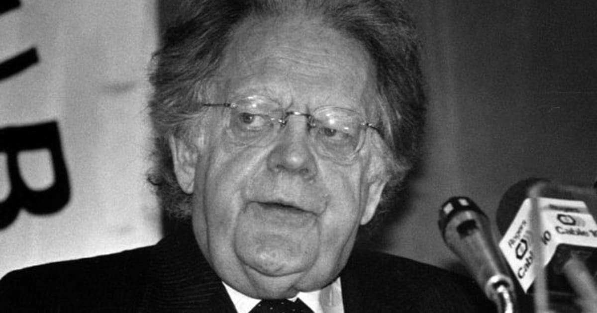 northrop frye frankenstein In his anatomy of criticism northrop frye remarks that it is in the romance that we find jung's libido, anima, and shadow reflected in the hero, heroine, and villain respectively 5 this comment, with a slight variation, is applicable to wacousta.