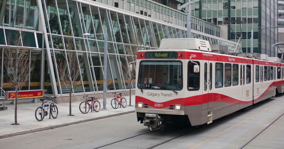 Calgary Transit Will Offer Free Rides To Veterans For