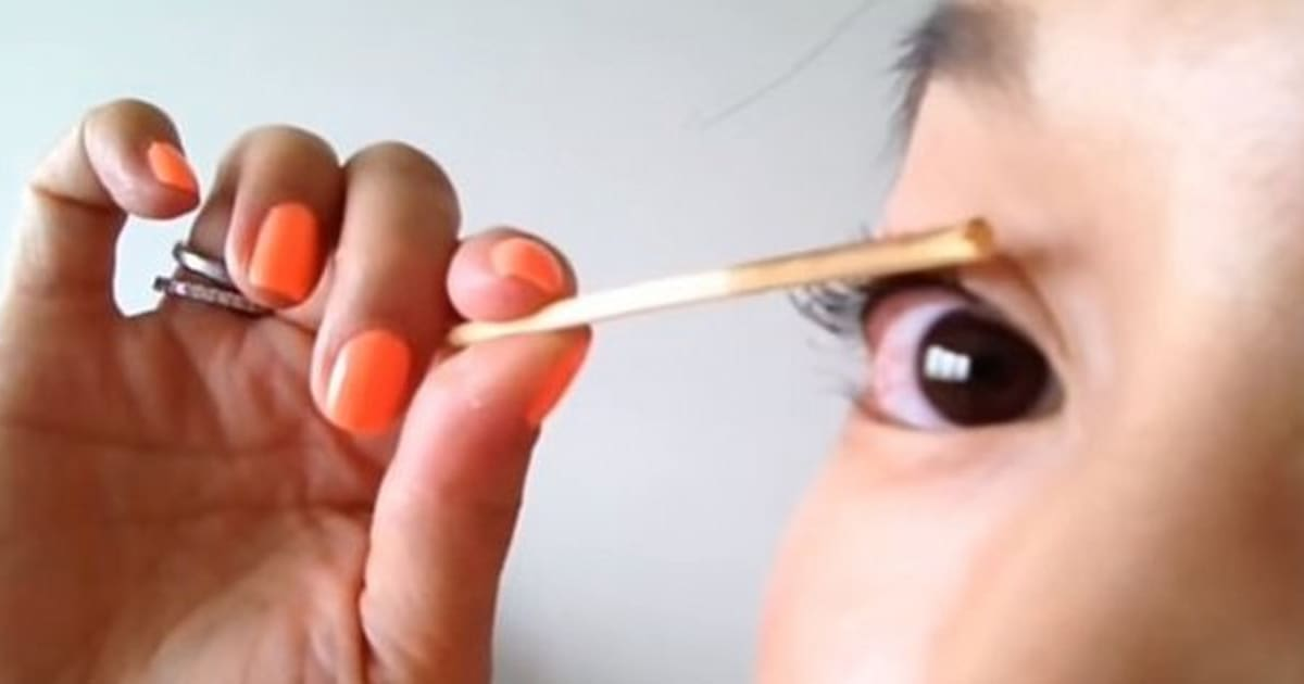 This Beauty Trick From South Korea Involves Fire To Curl Lashes