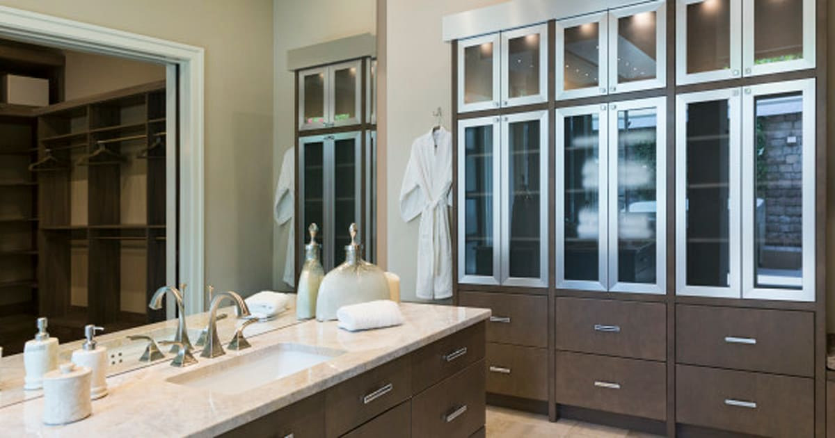 Great Ideas For When You Remodel Your Bathroom | HuffPost Canada on antique bathroom design ideas, industrial bathroom design ideas, vintage bathroom design ideas, warm bathroom design ideas, home library den design ideas, cape cod bathroom design ideas, marine bathroom design ideas, lake house bathroom design ideas, colonial bathroom design ideas, arts and crafts bathroom design ideas, shaker bathroom design ideas, hgtv master bathroom design ideas, master bath bathroom design ideas, cool bathroom ideas, retro bathroom design ideas, farmhouse bathroom design ideas, bedroom bathroom design ideas, sherwin-williams bathroom paint color ideas, custom bathroom design ideas, functional bathroom design ideas,