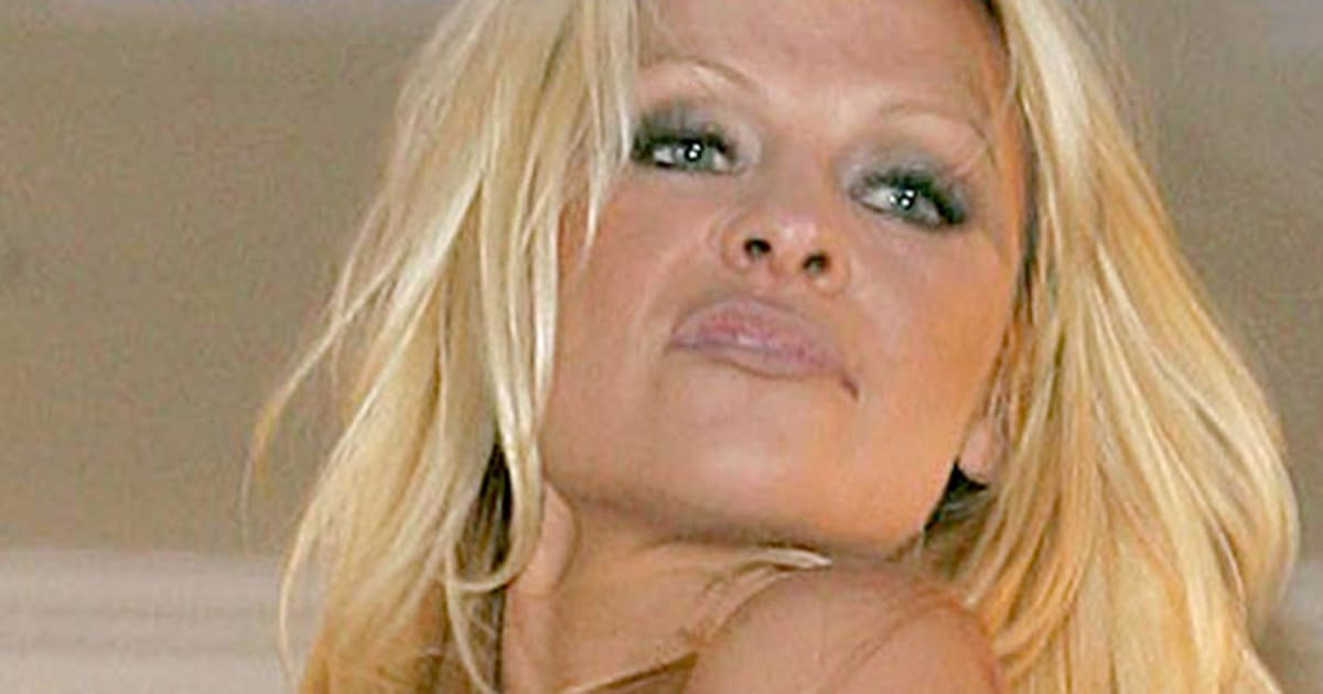 Naked photos of pamela anderson 14
