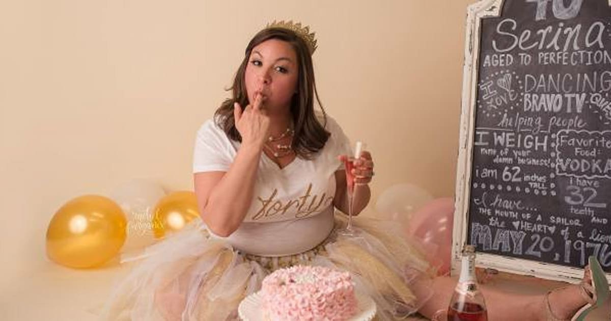 Cake Smash Photography Mom Has Her Own Photo Shoot And Its Epic