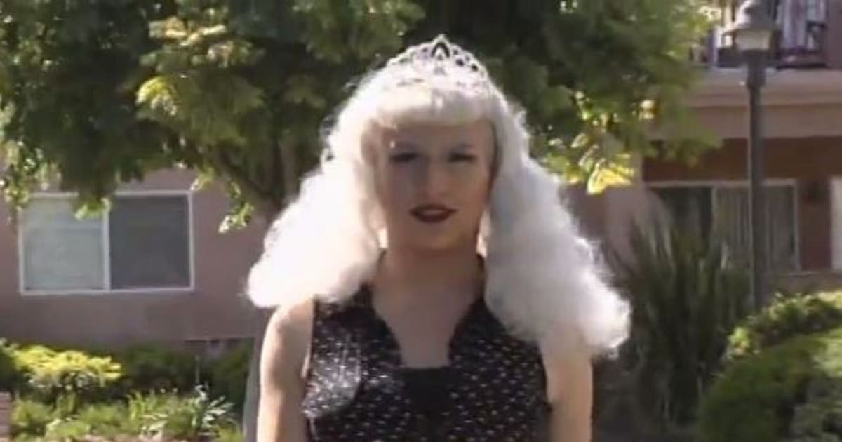 une personne transgenre est  u00e9lue reine d u0026 39 un bal de fin d u0026 39 ann u00e9e en californie  en pleine  u0026quot guerre