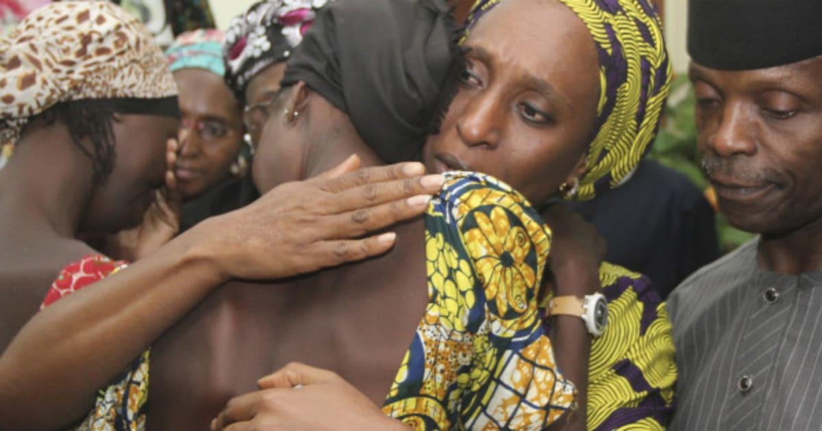 Centenas de combatentes do Boko Haram se rendem no Chade, dizem fontes