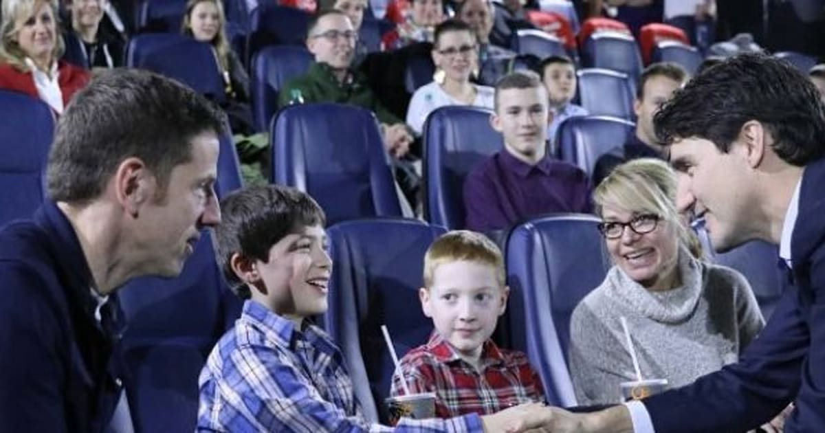78927eb4e4c42 Justin Trudeau Star Wars  PM Treats Children s Hospital Patients To  Rogue  One  Screening