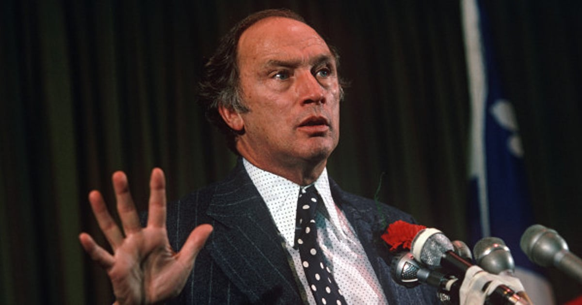 prime minister of canada peire trudeu essay When it comes to the question of canadians' favourite prime minister, pierre trudeau — justin's father — is in a league of his own earlier this week, forum research released the results of their survey that asked 1,525 randomly selected.