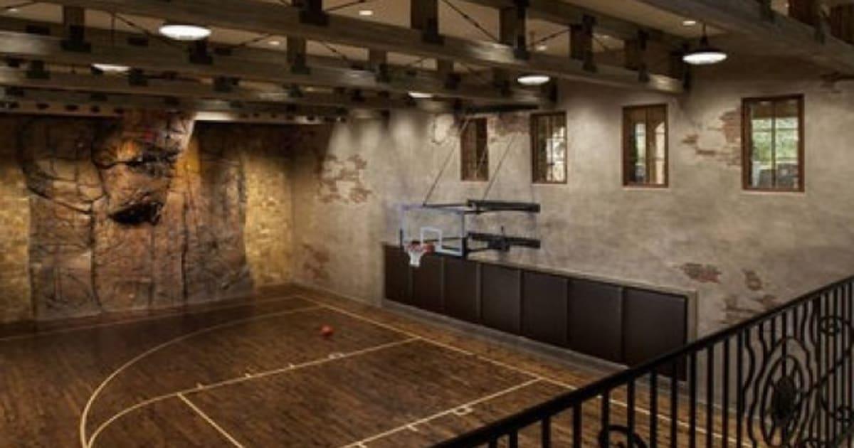 construire un terrain de basket chez soi 13 flex court europe. Black Bedroom Furniture Sets. Home Design Ideas