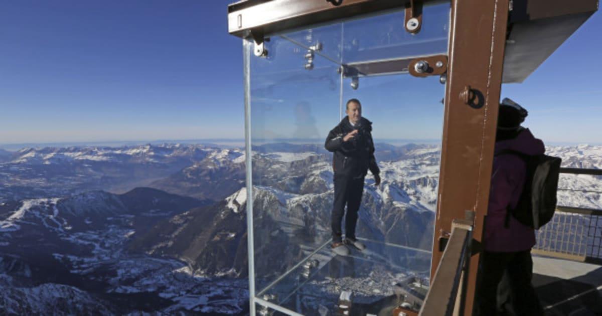 Un passo nel vuoto nelle alpi francesi la cabina di for Cabina nelle montagne della carolina del nord