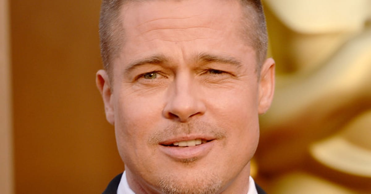 true detective saison 2 brad pitt pourrait reprendre le r le principal. Black Bedroom Furniture Sets. Home Design Ideas